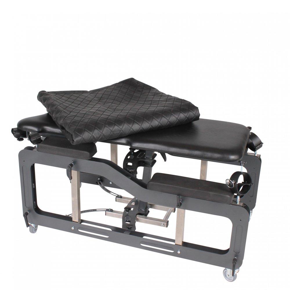 abdeckung aus leder f r strafbock hellcat und raptor 499 00. Black Bedroom Furniture Sets. Home Design Ideas