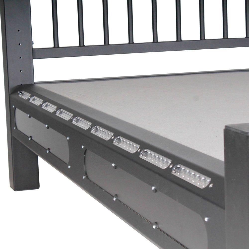 Bondagebett mit Lochrastersystem im Rahmen für Bondage, 1.499,00 €