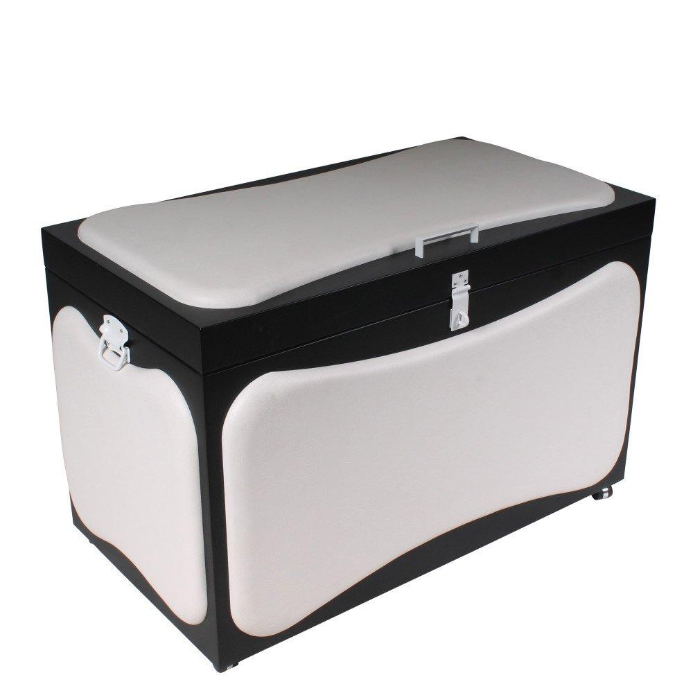 massive truhe aus holz f r bdsm equipment. Black Bedroom Furniture Sets. Home Design Ideas